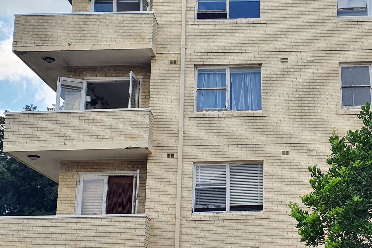 Aparment With Windows And Balconies - Façade Upgrades - Remedial Building Services