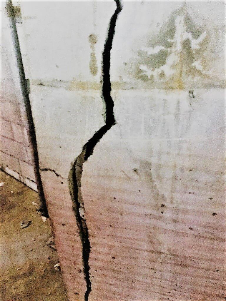 Damage Column At Cherry Brook Shopping Centre - Concrete Repair - Remedial Building Services